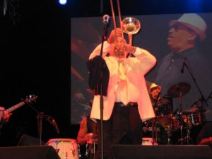 Willie Colon suona il trombone