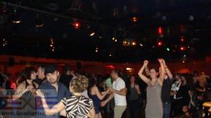 Una foto dell'evento LaSalsaVive con la Charanga Moderna all'Adelaide.