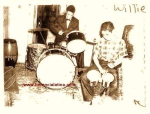 Joey Pastrana alla batteria e suo fratello Willie Pastrana al bongo -  New York 1965  Foto di Joey - Pastrana