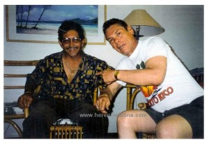 """José """"Chombo"""" Rodríguez e Joey Pastrana in San Juan, Puerto Rico.  Foto di Joey Pastrana."""