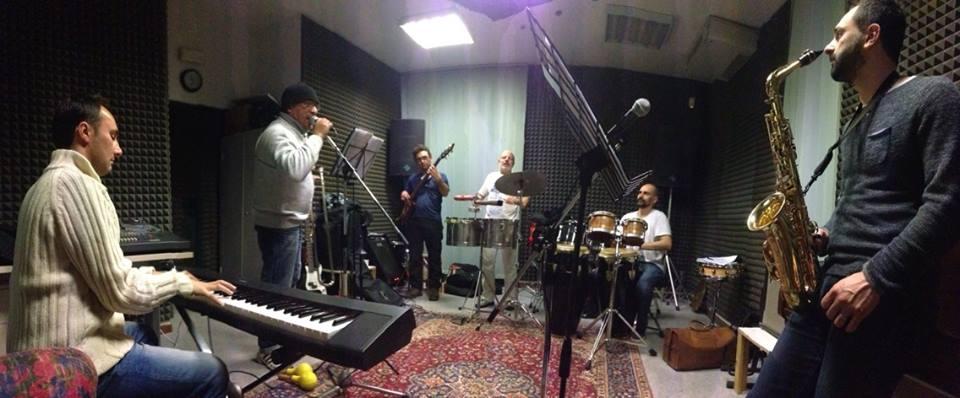 Tommy Salsero Latin Combo: le prove