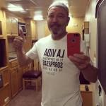 Ruben Blades festeggia con i suoi fans con un selfie postato sul suo sito.